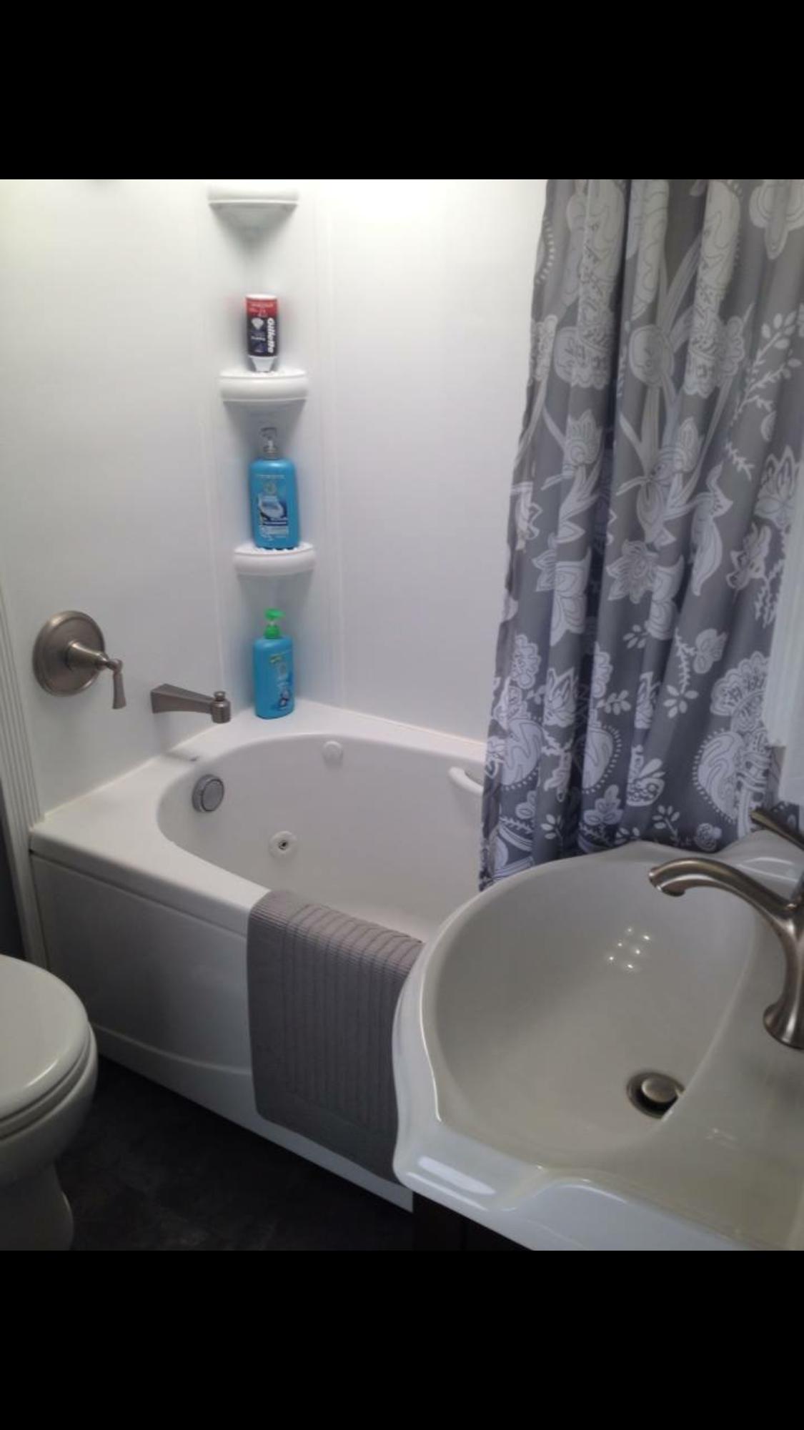 Fifth Wheel Bathroom Remodel With Whirlpool Tub