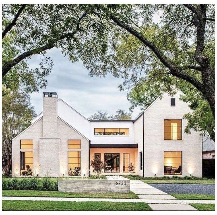 30 Inspiring Farmhouse Home Exterior Design Ideas Are You Daydreaming Of Owning A Luxurious H In 2020 Modern Farmhouse Exterior Modern Farmhouse Design House Exterior