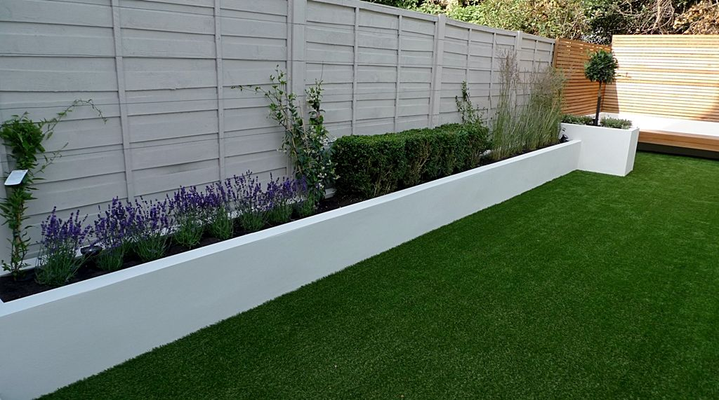 Easy-Lawn-Grass-Raised-Beds-Modern-Painted-Fence-Small-Garden
