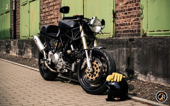 Ducati 900 supersport cafe racer return of the cafe racers ducati 900 supersport cafe racer return of the cafe racers blueprint for my ideal malvernweather Images