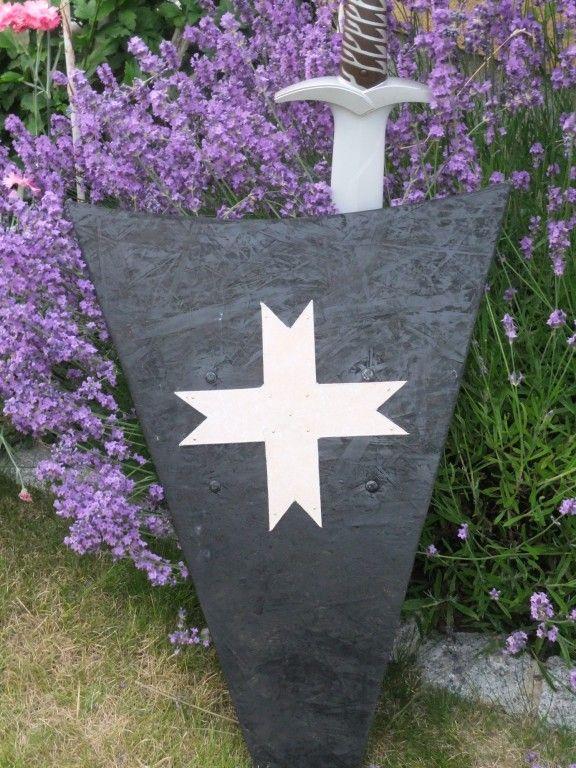 Faszinierendes Mittelalter, Schild Aus Holz Basteln | Diy | Pinterest