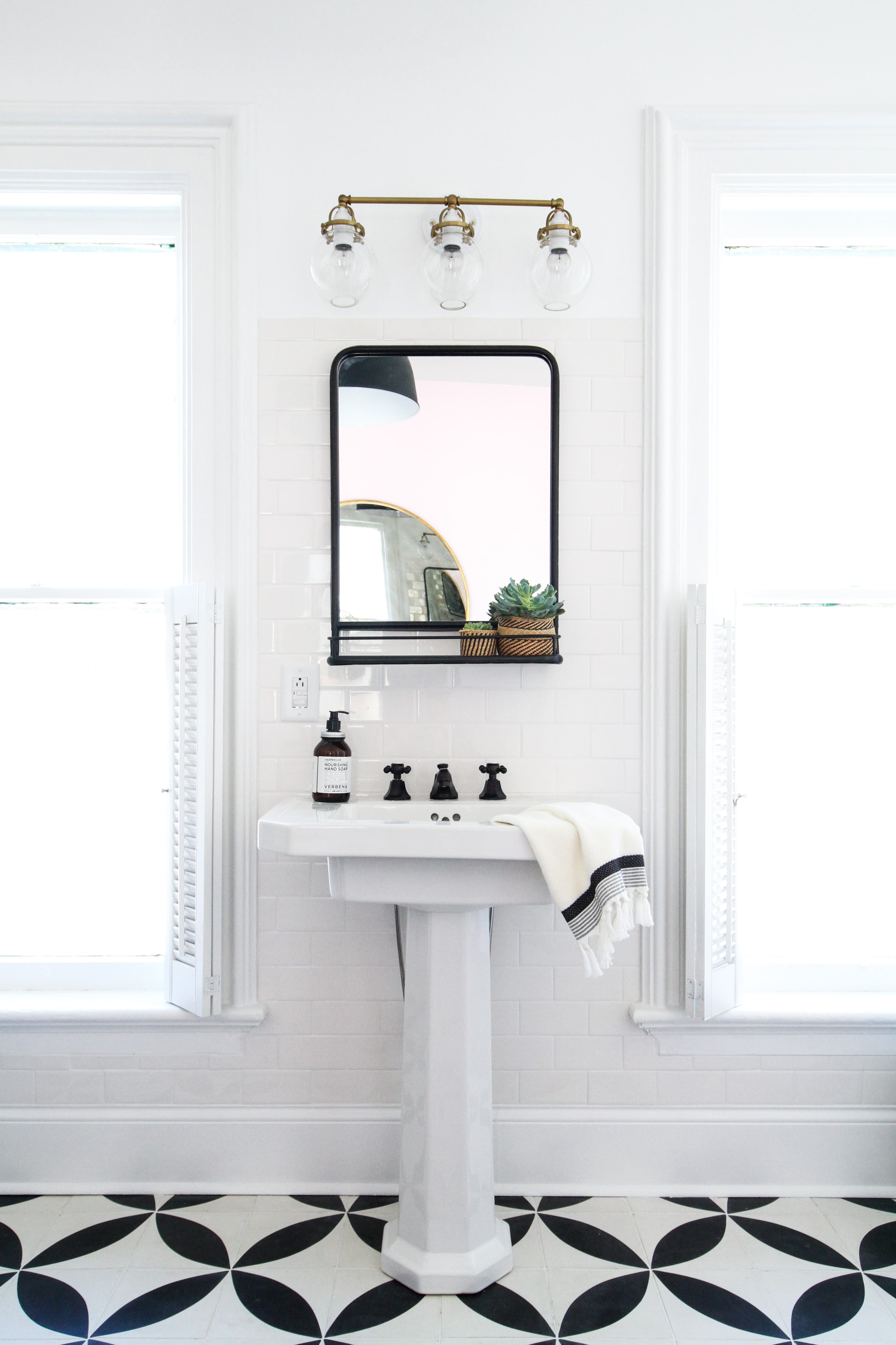 A Right Bathroom Mirror Can Have A Pretty Striking Impact In Augmenting The Overall Appeal Of The Sp Small Bathroom Mirrors Diy Bathroom Vanity Bathroom Mirror [ 5070 x 3380 Pixel ]