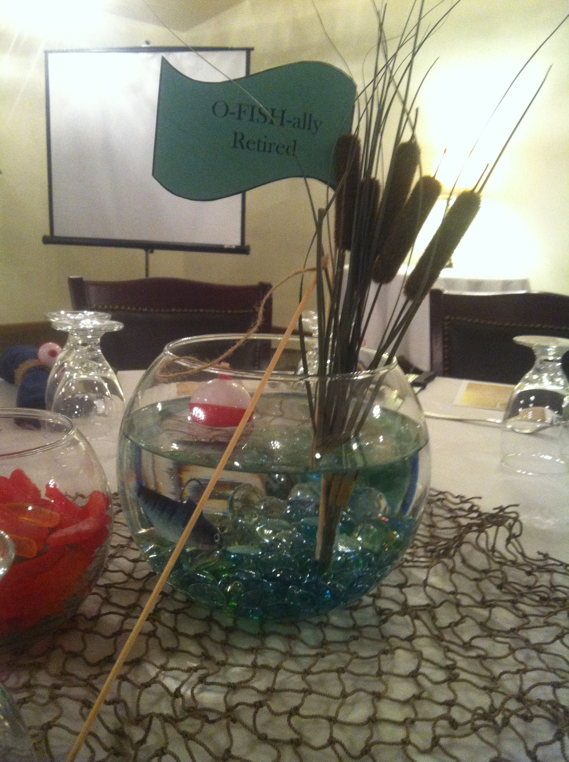 O fish ally retired centerpieces i made leann bauer for Fishing themed party supplies