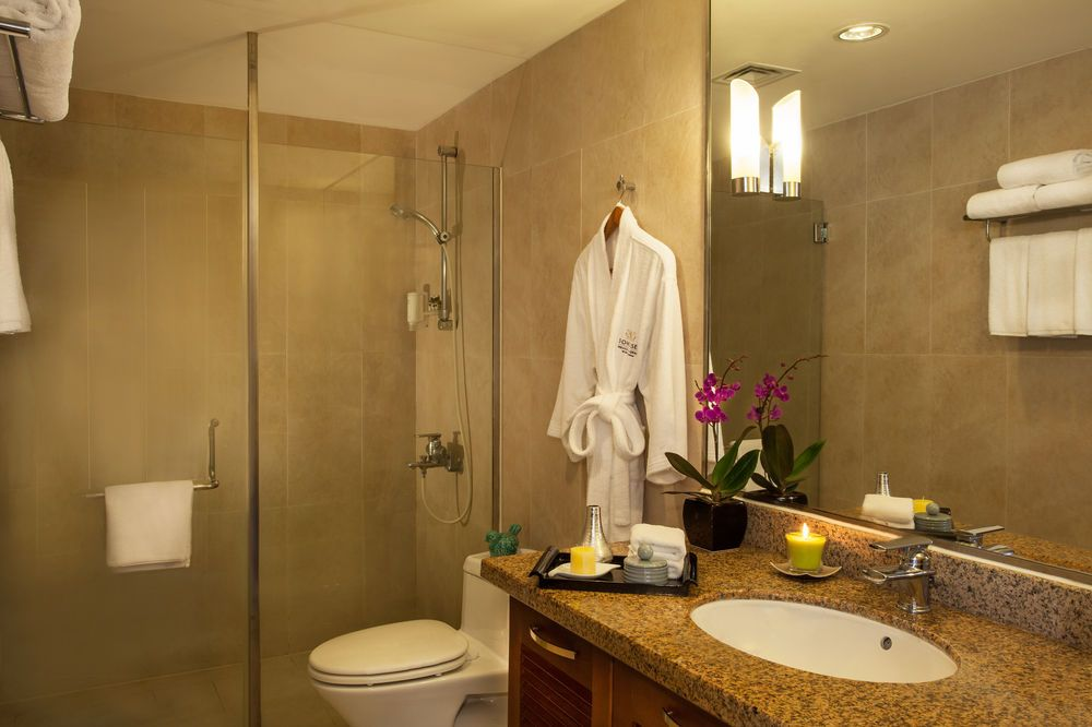 There Are Several Different Methods To Hang A Framed Bathroom Mirrors On A  Wall. The Best Method Is Dependent On The Mirror Type, Size And Weight, ...