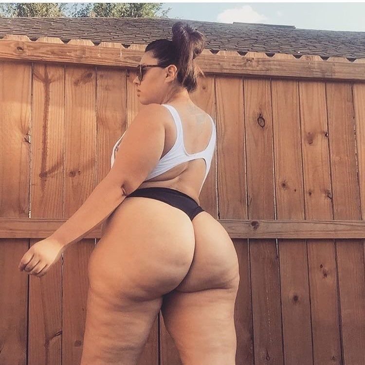 Hot Big Booty White Girl