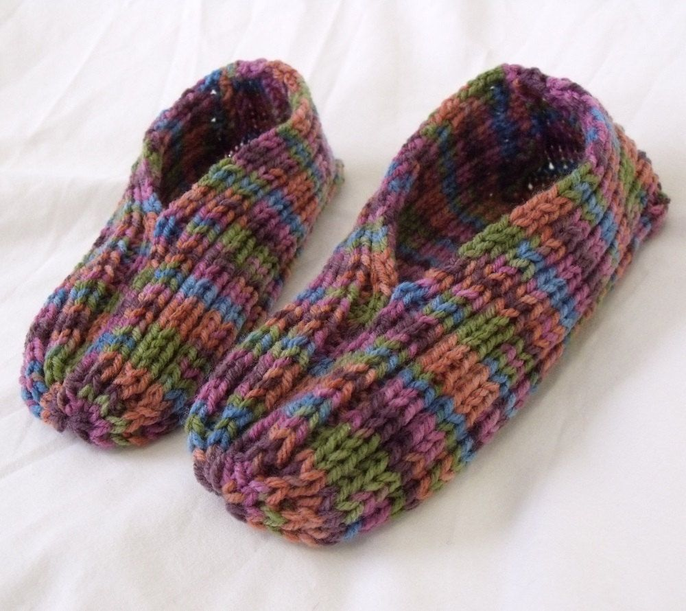 Felted Slippers Knitting Pattern : My Grandmother used to always make these. I want a pair. Knitted Slippers c...