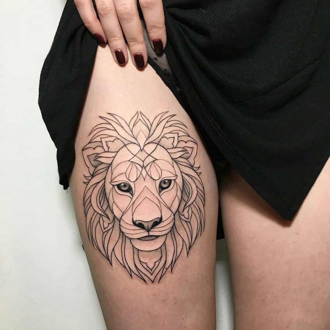 тату на бедре тату женское тату лев тату татуировка животное