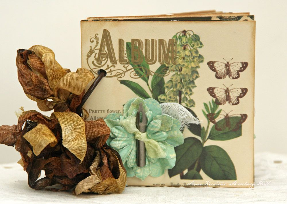 Anne's paper fun: Mini album