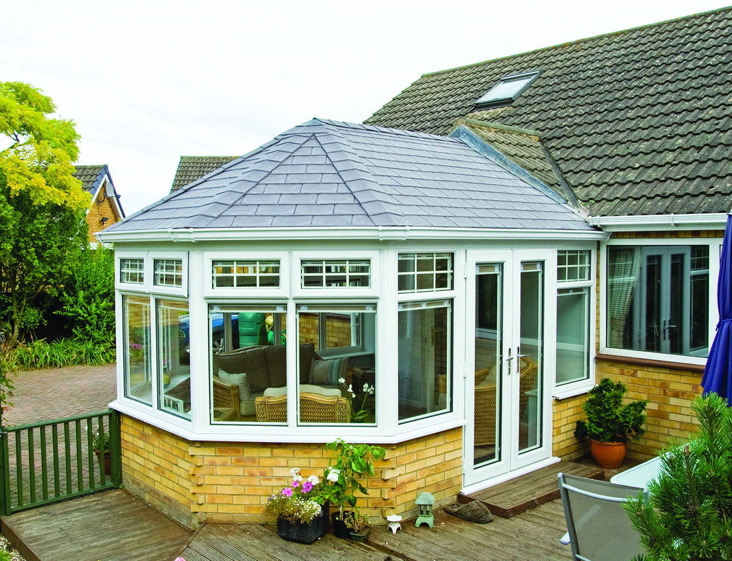 A Nice Conservatory Roof Finished With Tapco Pewter Grey Conservatory Roof Replacement Conservatory Roof Victorian Conservatory