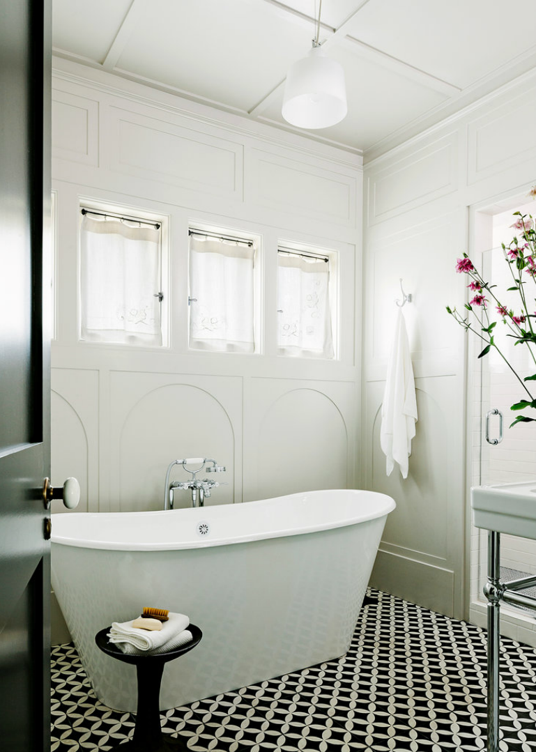 10 Gorgeous Ways to Do Patterned Tile in the Bathroom | Pinterest ...