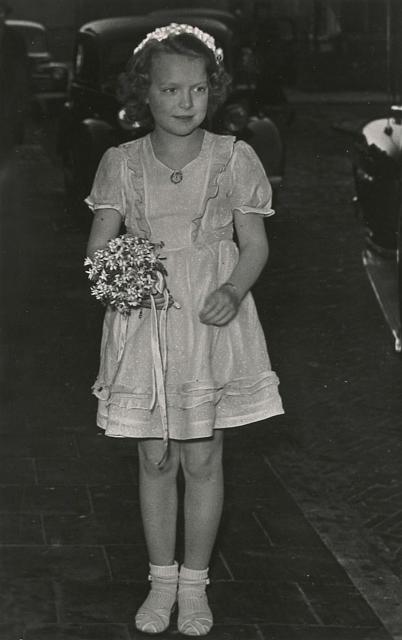 Irene als bruidsmeisje, 1953