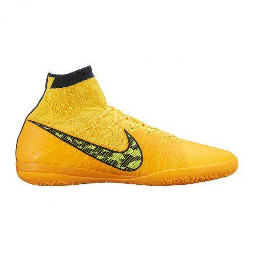 ff7daa5866 Los nuevos tachones de fútbol sala para hombre Nike Elastico Superfly  incorporan la revolucionaria tecnología Flyknit