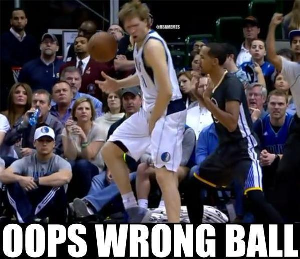 Shaun Livingston be like...  #Mavs #Warriors - http://nbafunnymeme.com/nba-memes/shaun-livingston-be-like-mavs-warriors