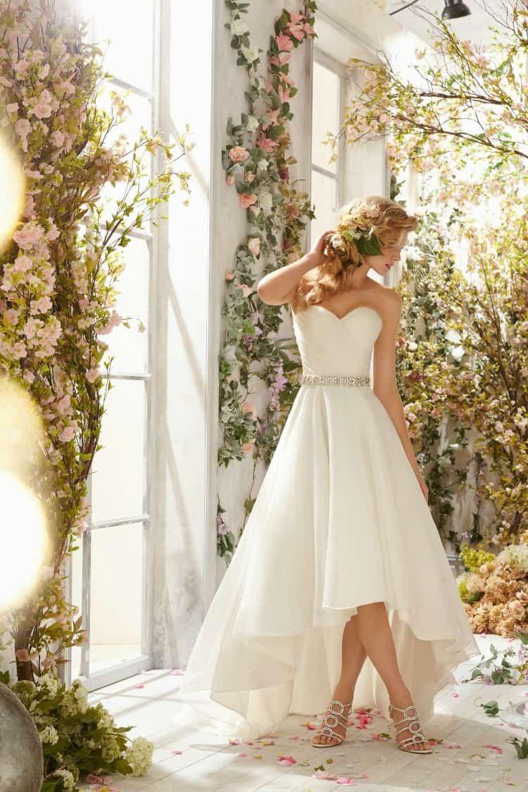 9 Super Chic Flats For Summer Weddings And Beyond Short Wedding Dress Tea Length Wedding Dress Bridal Dresses [ 2042 x 1530 Pixel ]