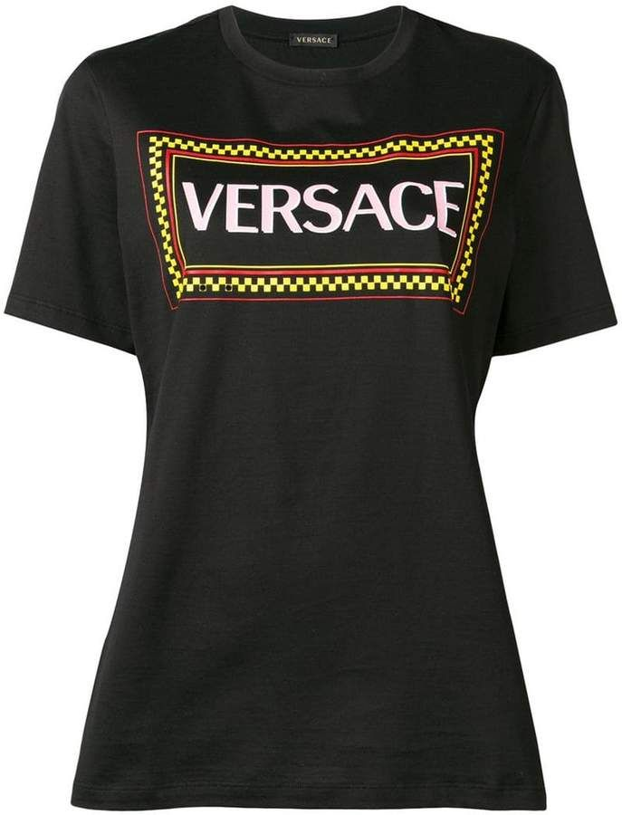 bf0d3864baec12 Versace 90s vintage logo T-shirt in 2019 | Products | Versace ...