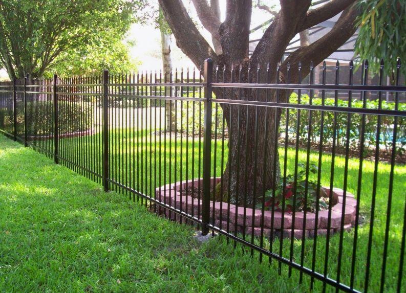 Spear top aluminum decorative fence Mossy Oak Fence Company