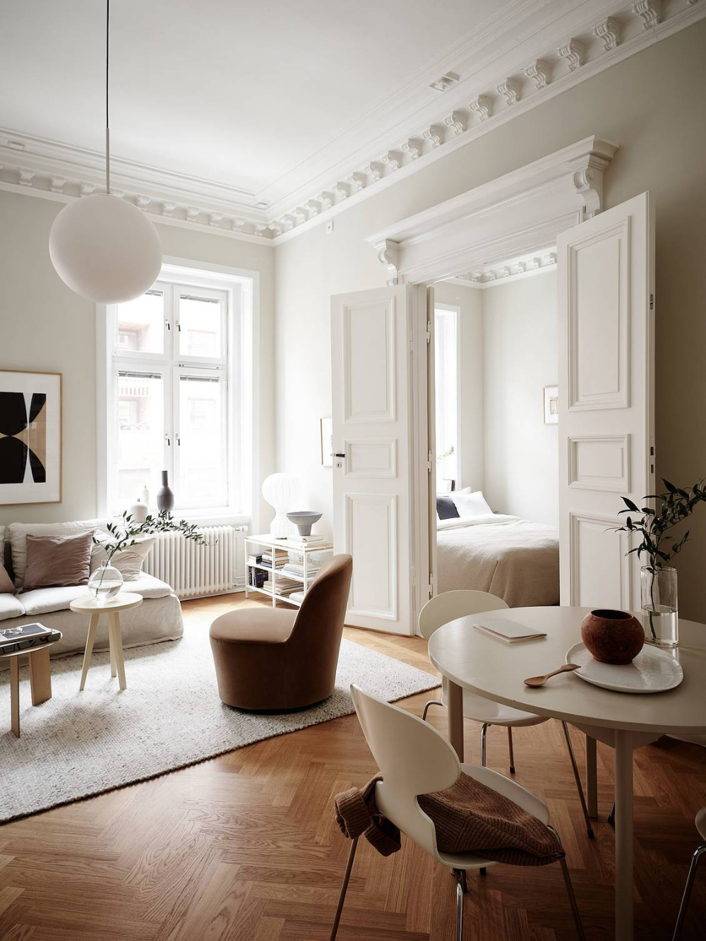 Photo of Turn of the century home in warm tints – COCO LAPINE DESIGN