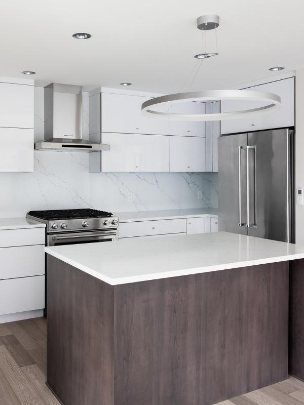 Flat Kitchen Designs: A Modern Minimalist Kitchen. Flat Panel Cabinetry, Modern