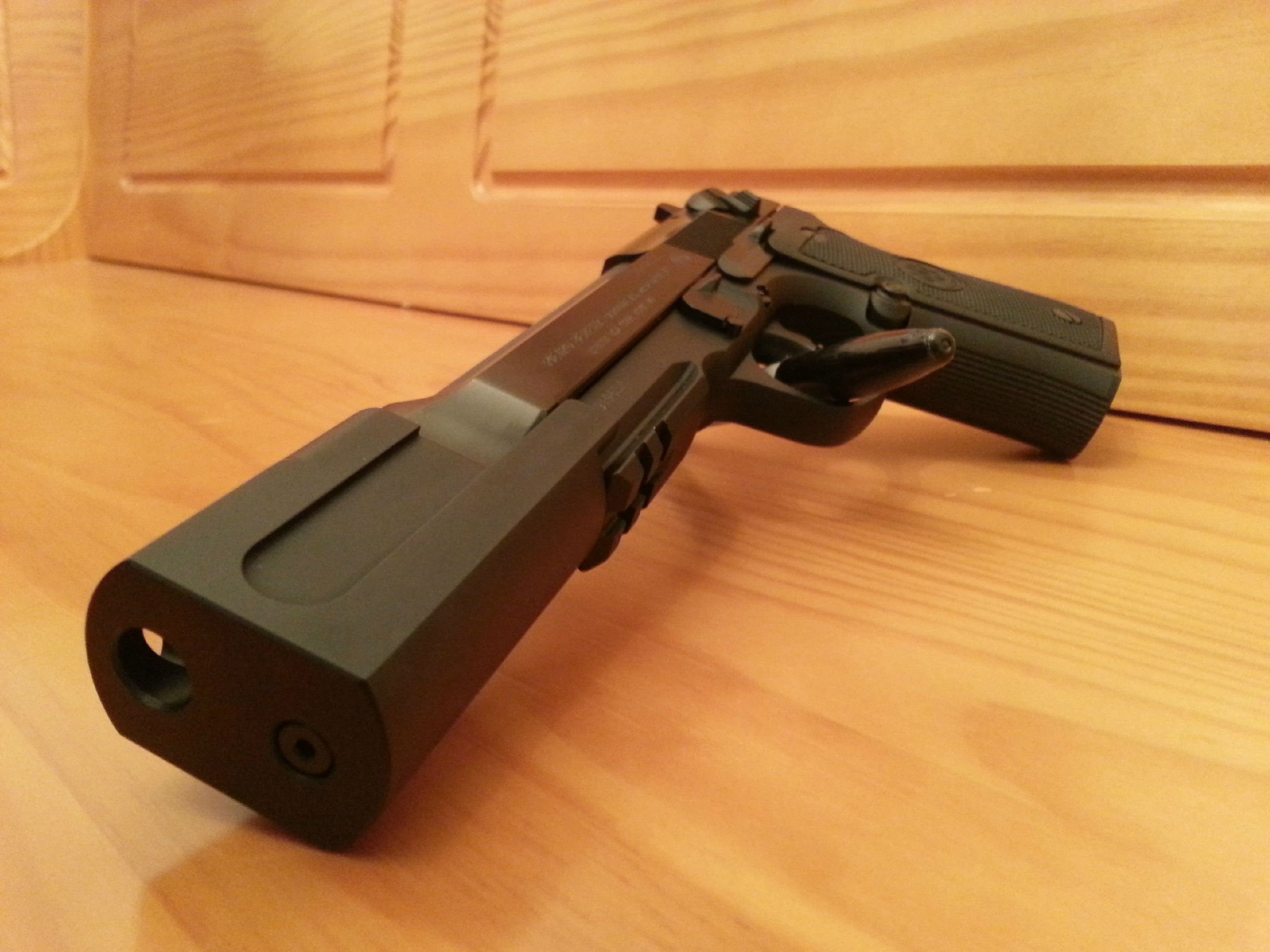 Firearms Friday: HEC compensated Beretta 92A1 | Fantastic Firearms