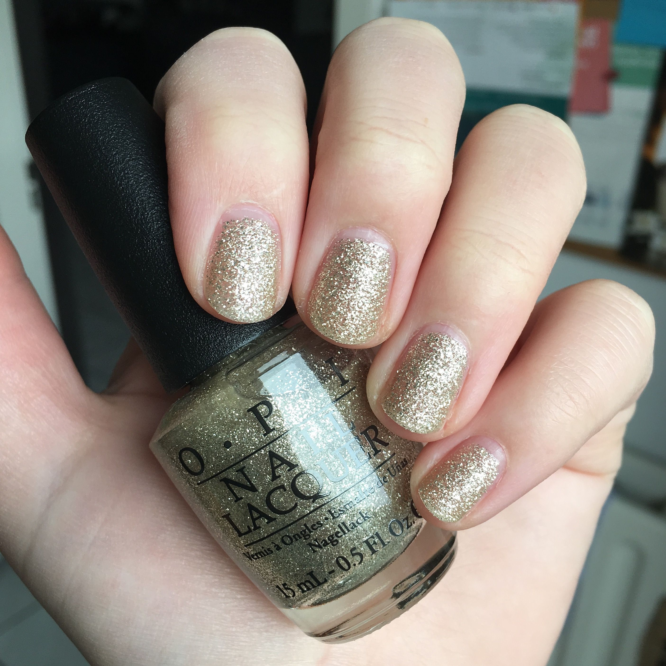 OPI Mariah Carey Holiday - My Favorite Ornament (HL E05) | Swatches ...