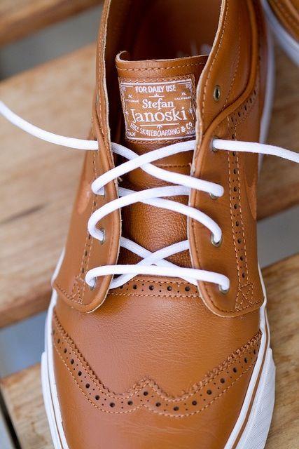 low cost edf7e ec4e0 Wingtip Stefan Janoskis all tan leather Nike.