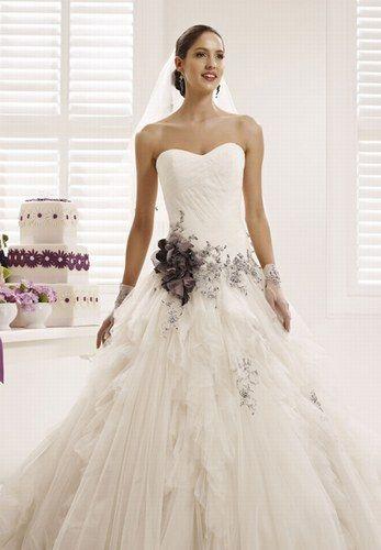 Vestido de novia de Nicole Spose Italy
