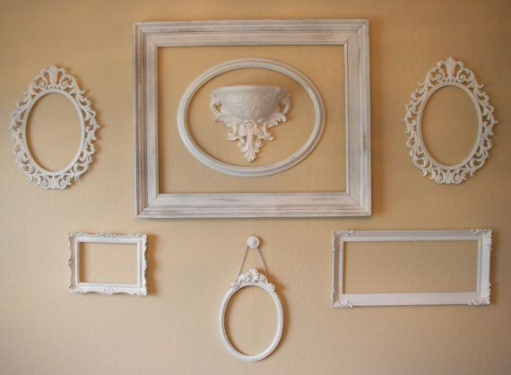I Love Empty Frames On Walls Its Soooo Cute Picture Frames