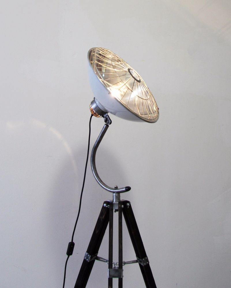 Tripod Steh Lampe Arzt 50er Holz Stativ Gitter Shabby Vintage Bauhaus Retro Loft In Mobel Amp Wohnen Beleuchtung Lampen Ebay Shabby Vintage Stativ Lampen