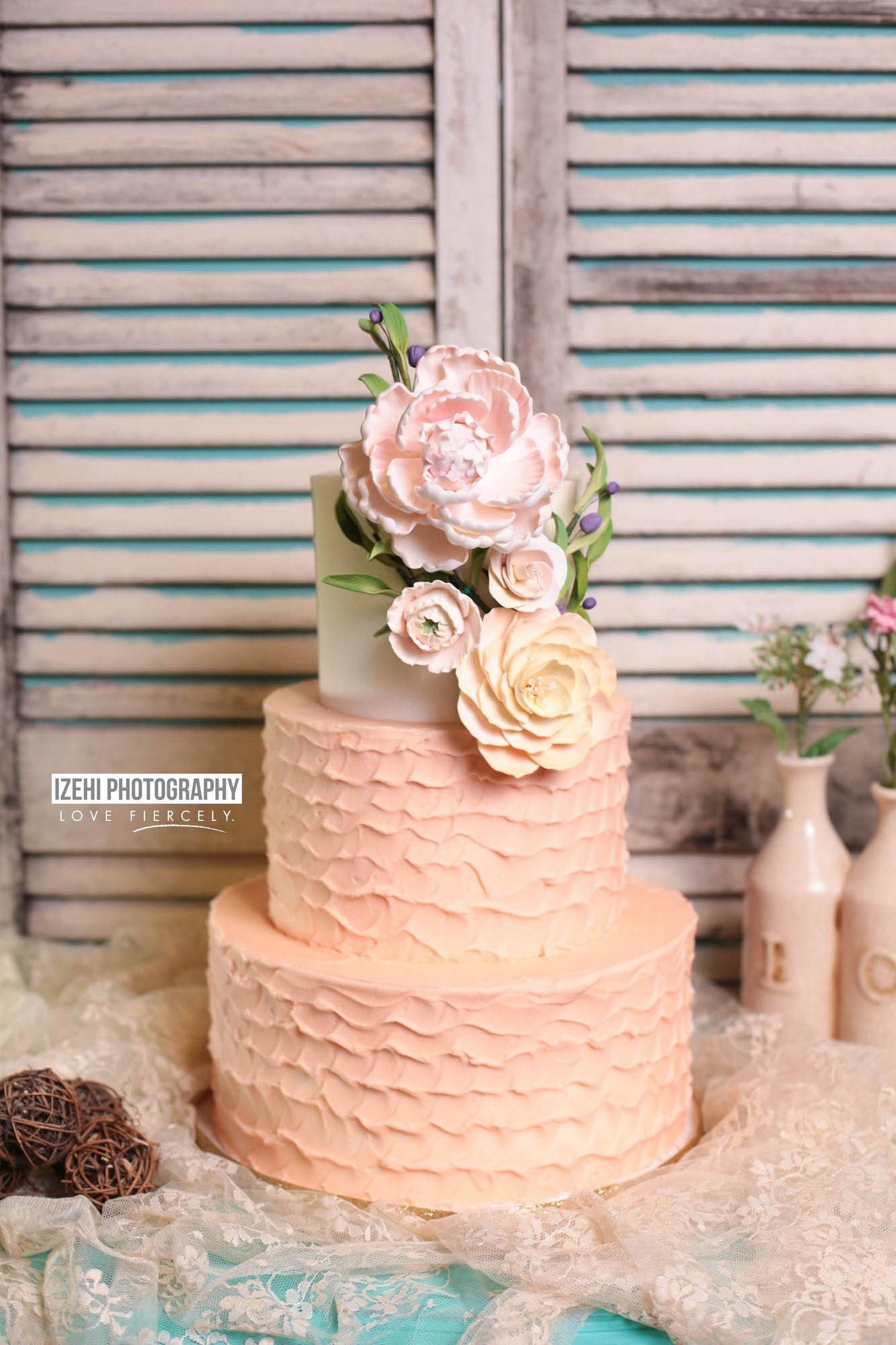 One sweet shoot sugar bee sweets signature cakes cupcakes and