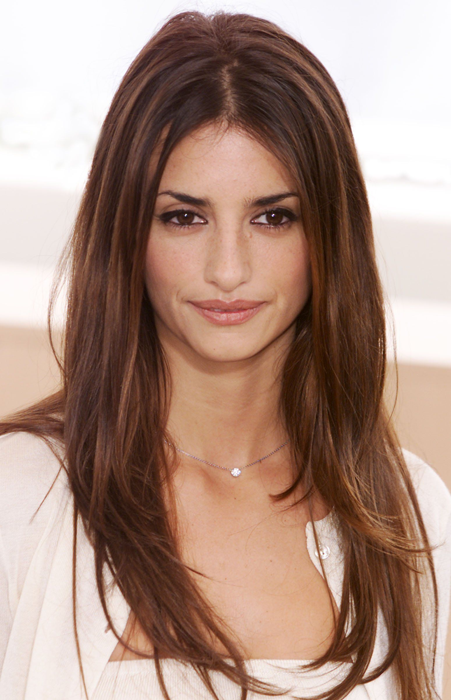 Penelope Cruz Hairstyle Long Hair With Bangs Long Hair Styles