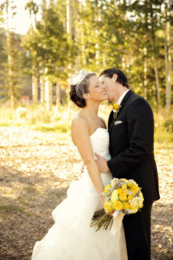 Newly weds in a beautiful setting. Photo by: Pepper Nix Photography