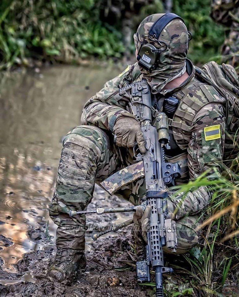 Russian Fsb Sof Navy Seal Socom Usa Usarmy Warrior Courage Sfog Specialforces Hk416 Crye Military Special Forces Military Guns Military Gear