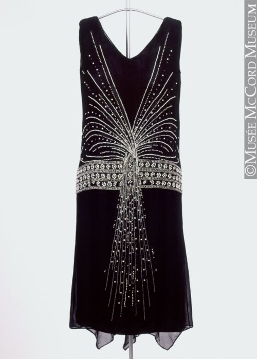 Evening dress, 1925, Musee McCord