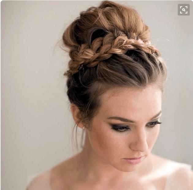 Le Chignon Volume Coiffure En 2019 Coiffure Cheveux Long