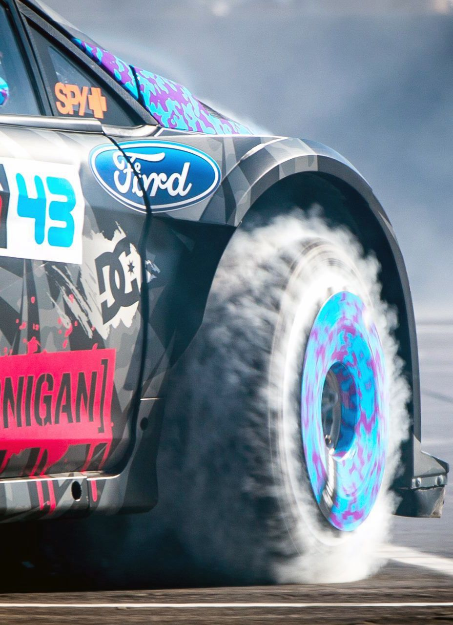 Ford race car burn out
