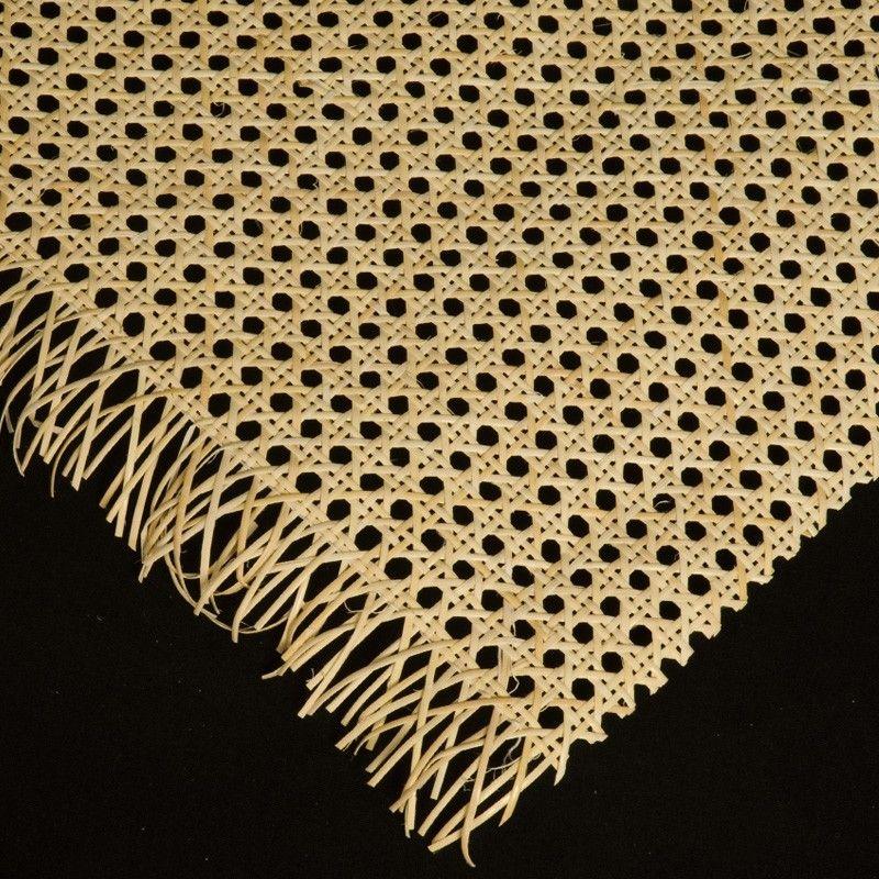 REJILLA MIMBRE NATURAL -  La rejilla de mimbre es un tejido hecho de tallos flexibles que sirve para confeccionar y restaurar asientos y respaldos de sillas y sillones.