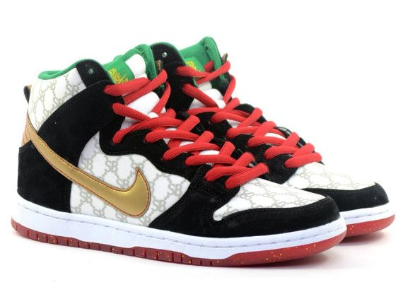 "best loved ae3b5 e86cc black sheep nike sb dunk high gucci 03 570x430 Black Sheep x Nike SB Dunk  High ""Gucci"""