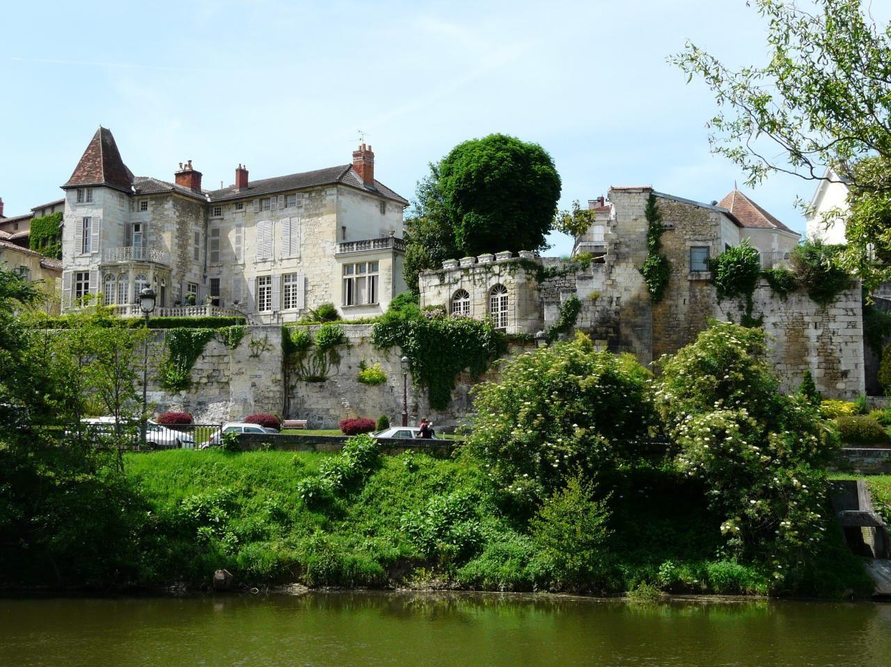Decouverte Touristique De Perigueux Dordogne Aquitaine Dordogne Perigueux Vacances En France