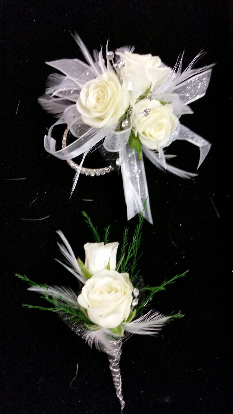 White Spray Rose Corsage And Bout 2017 Prom Corsages And Bouts