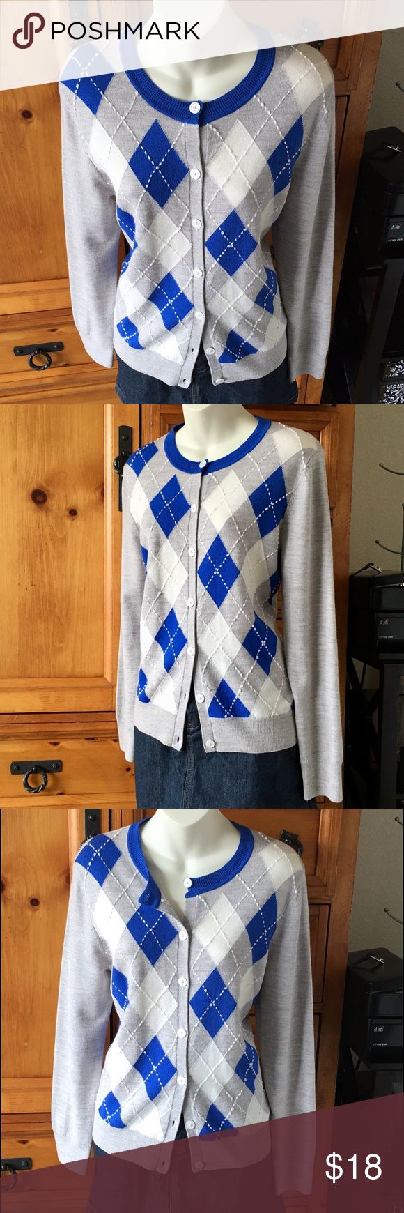 🔷BROOKS BROTHERS TEXTURED LIGHT WEIGHT CARDIGAN 🔷BROOKS BROTHERS TEXTURED LIGHT WEIGHT CARDIGAN WORN ONE TIME SOMEWHAT STRETCHY AND VERY SOFT Brooks Brothers Tops