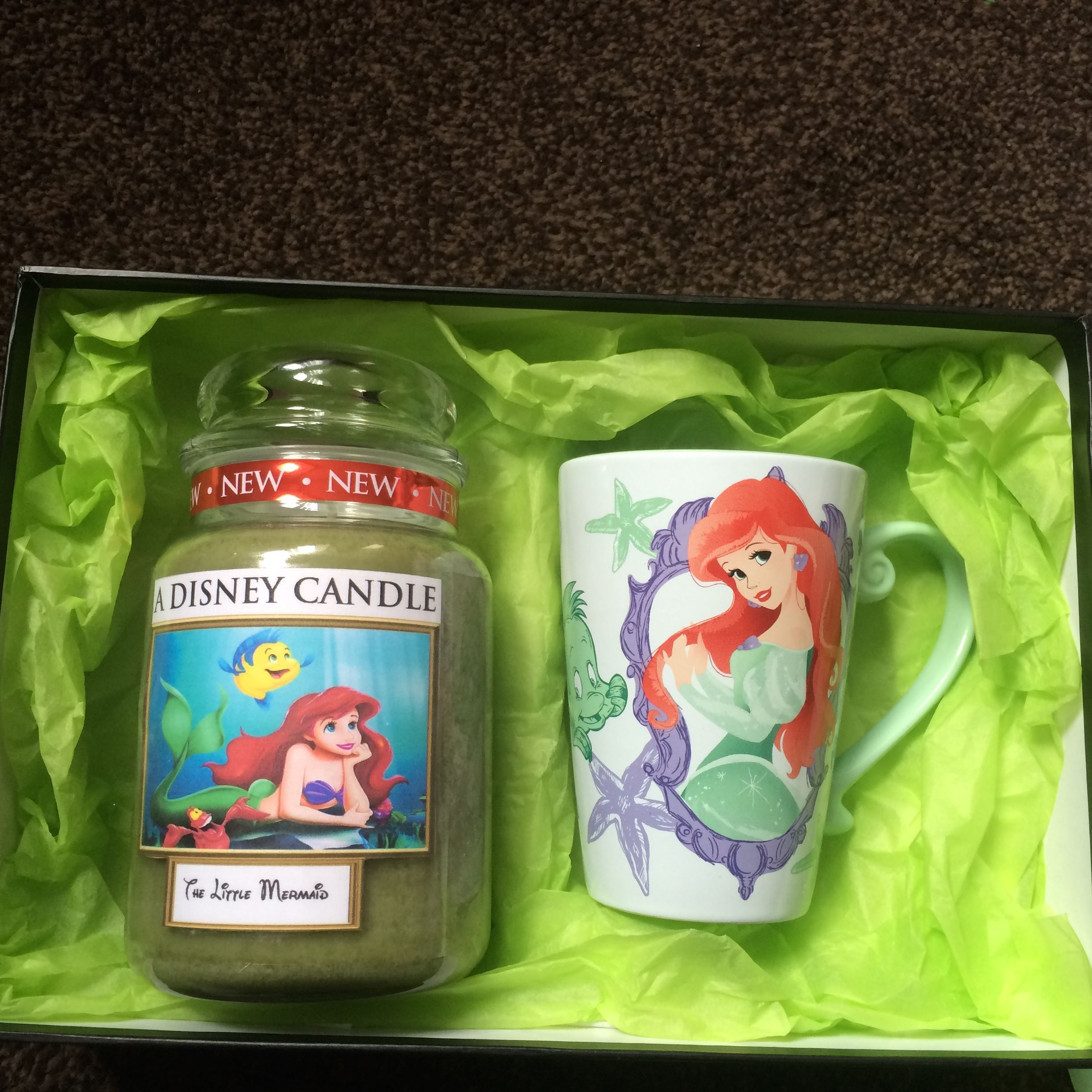 Disney The Little Mermaid Themed Yankee Candle Gift Set