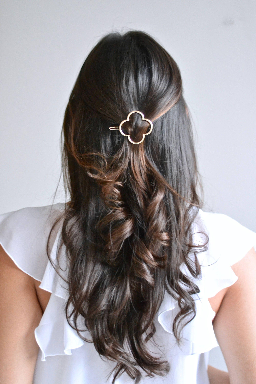 chaussures élégantes la meilleure attitude nouvelle version Barrette minimaliste fleur, trèfle. Bijou de cheveux, pince ...