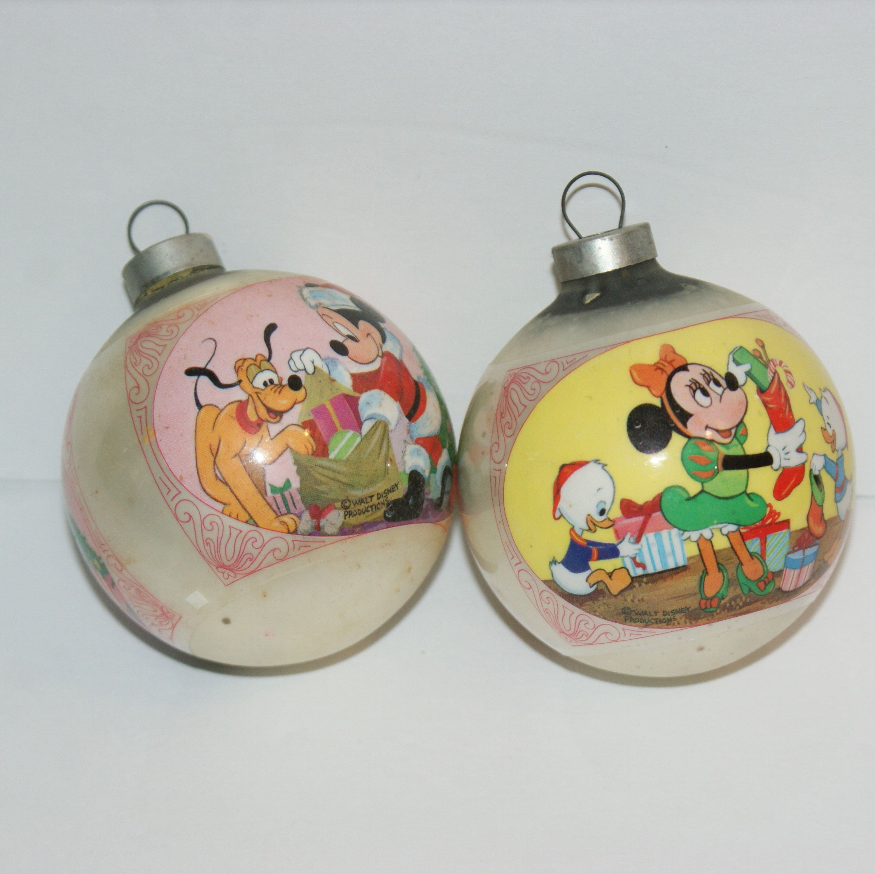 Disney Christmas Ornaments Set Of 2 Mickey Mouse Minnie Glass Etsy In 2020 Disney Christmas Ornaments Disney Christmas Christmas Ornament Sets
