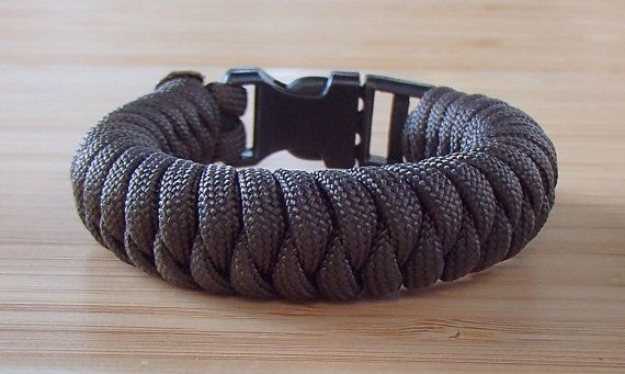 how to make a snake knot survival bracelet