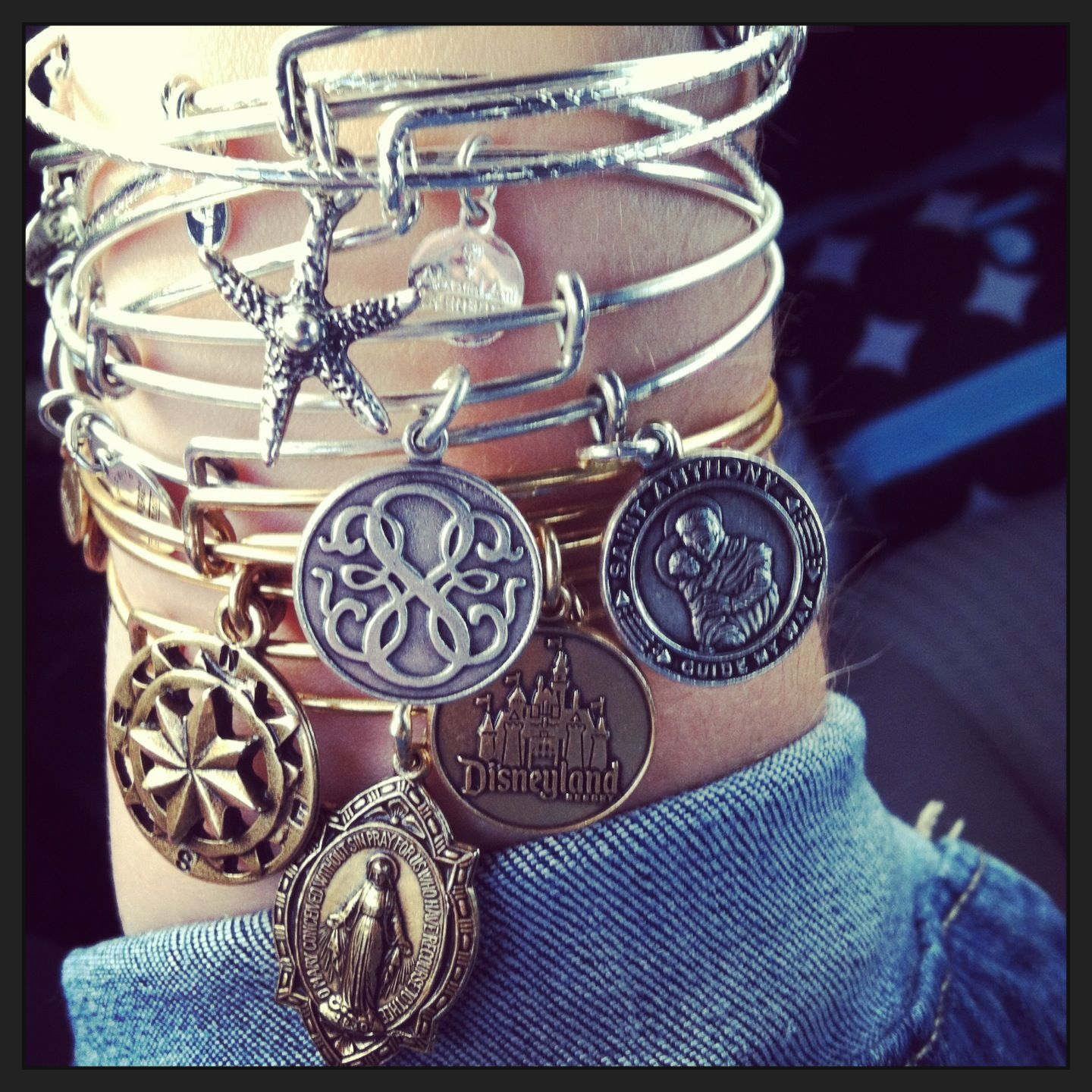 Fan photoop charmedarms withlove alex and ani