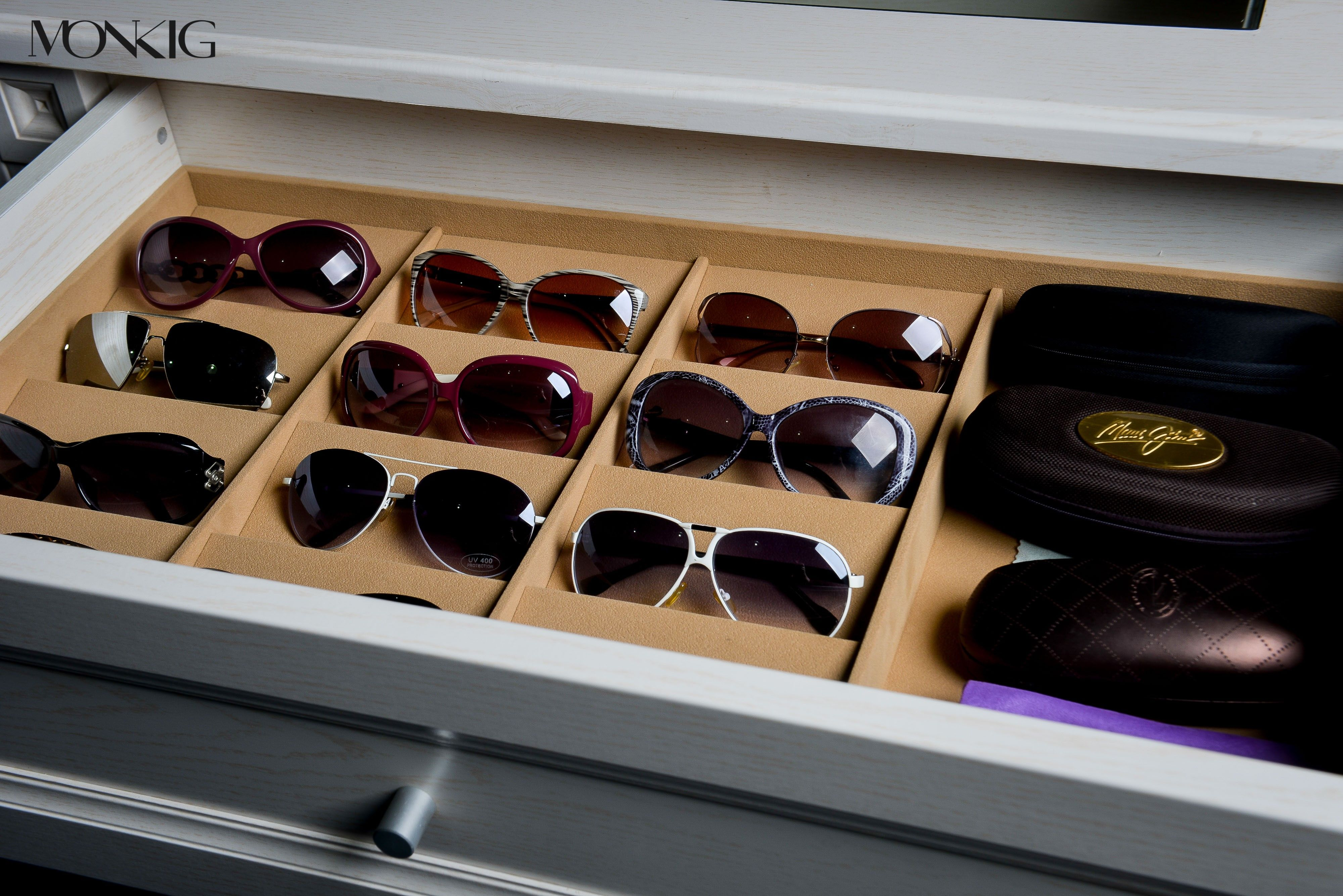 La Closet Design Collections It S In The Details Sunglasses Storage Closet Design Drawer Inserts