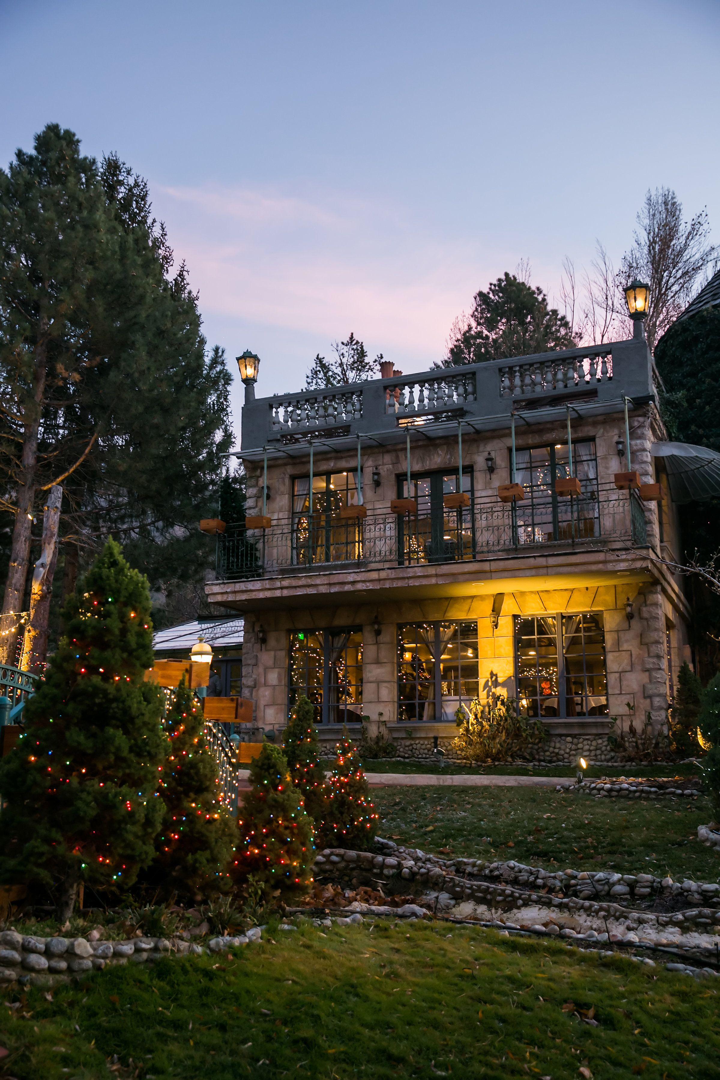 Holiday decoration ideas Angela Howard Photography House