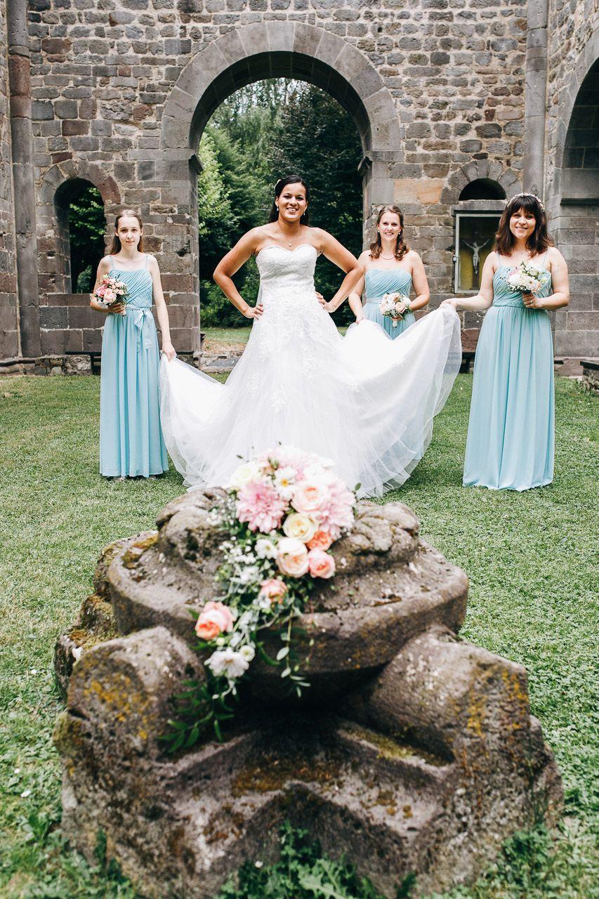 Wunderschone Brautjungfer In Mint Brautjungfern Braut Hochzeit