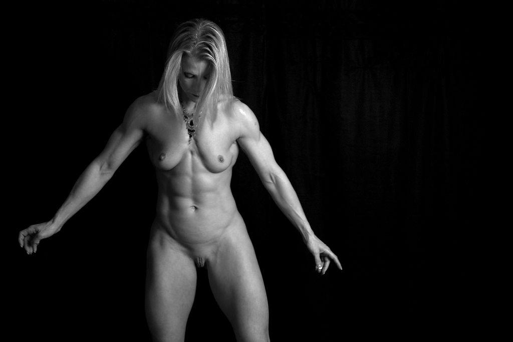Family nudist girl group