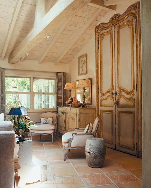 French Country Flair Country Style Interiors Country House Decor Farmhouse Interior Design